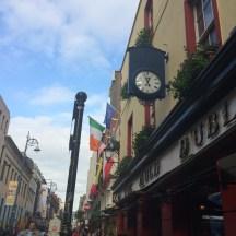 Pub Crawling past The Auld Dubliner
