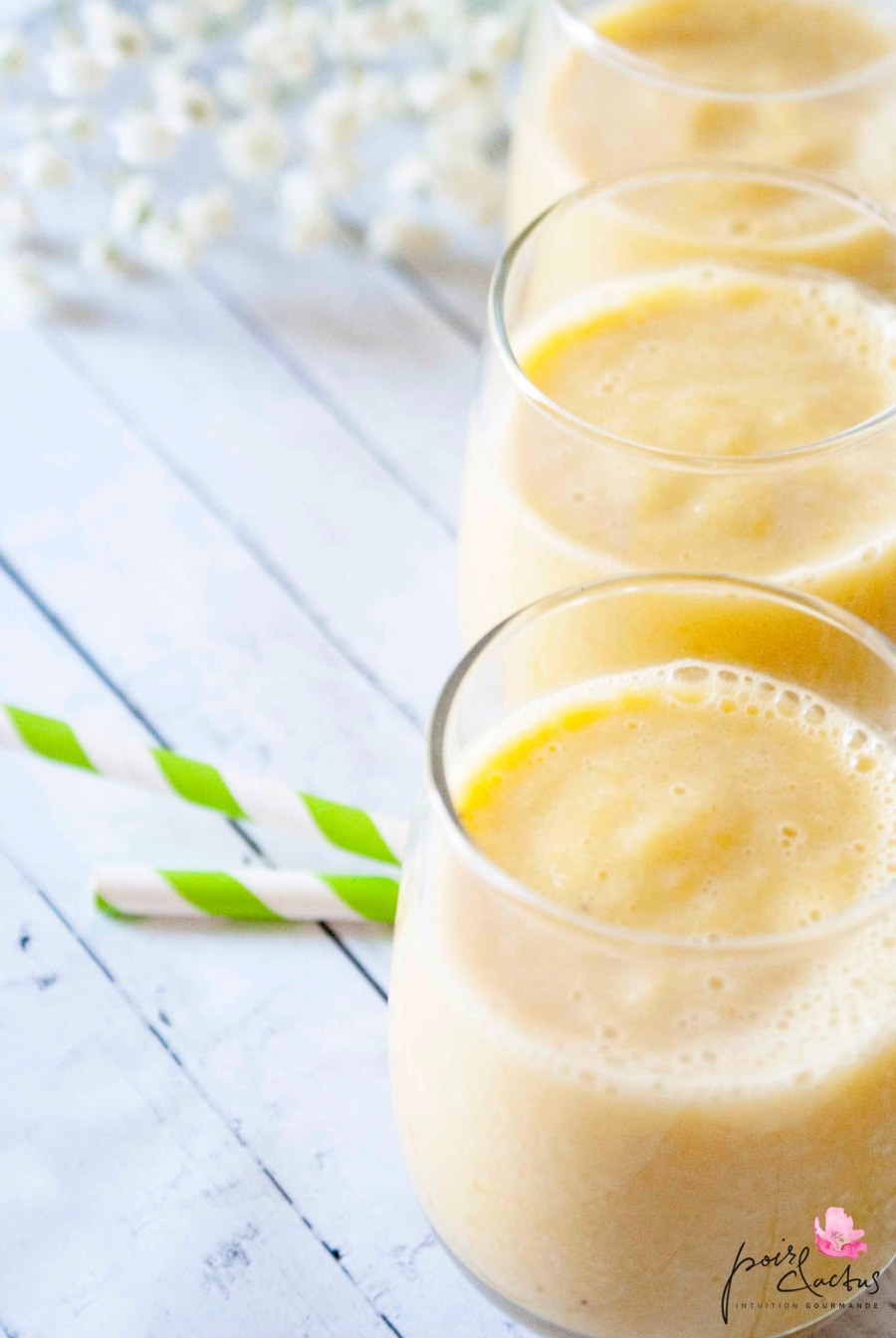 smoothie lait d'amande mangue miel