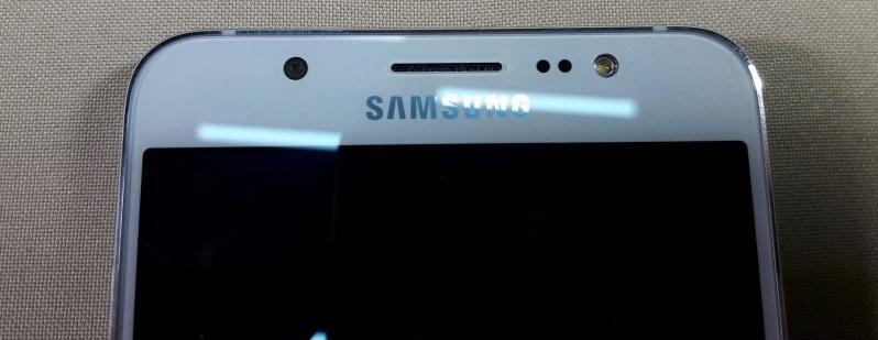 Фронтальная камера Samsung Galaxy J7