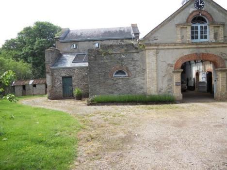 Hannah - Carriage House Exterior
