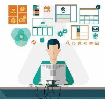 Hombre trabajando con el ordenador