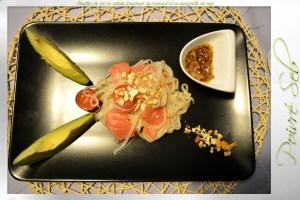 Nouilles de riz en salade fraicheur du moment et sa vinaigrette de soja présentation