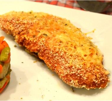 Velouté de céleri, croutons persillade et chips de Serrano d'après Olivier