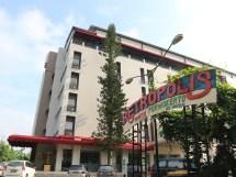Staycation Nuansa Retro Di Meotel Purwokerto Pojokanyaman