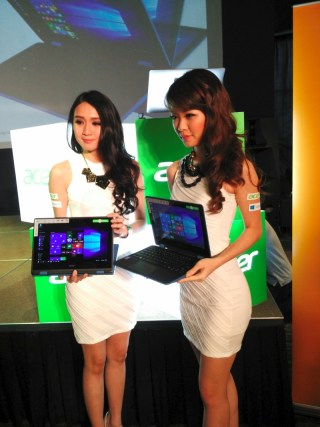 Models with the Acer Aspire R 11