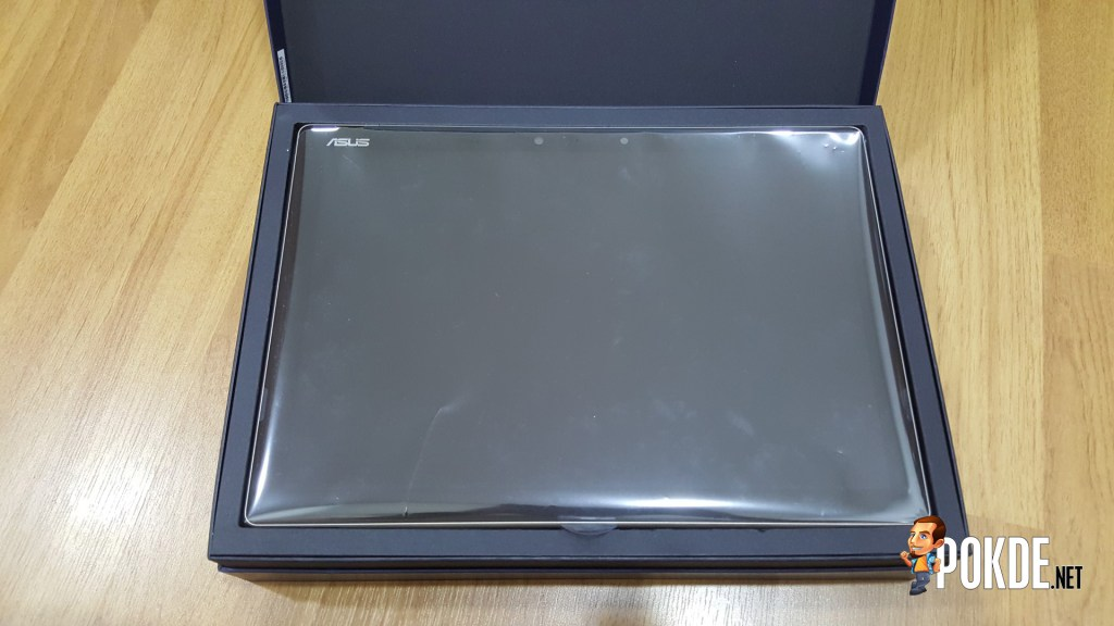 The box has a soft teflon-like coating on it..Very premium indeed..
