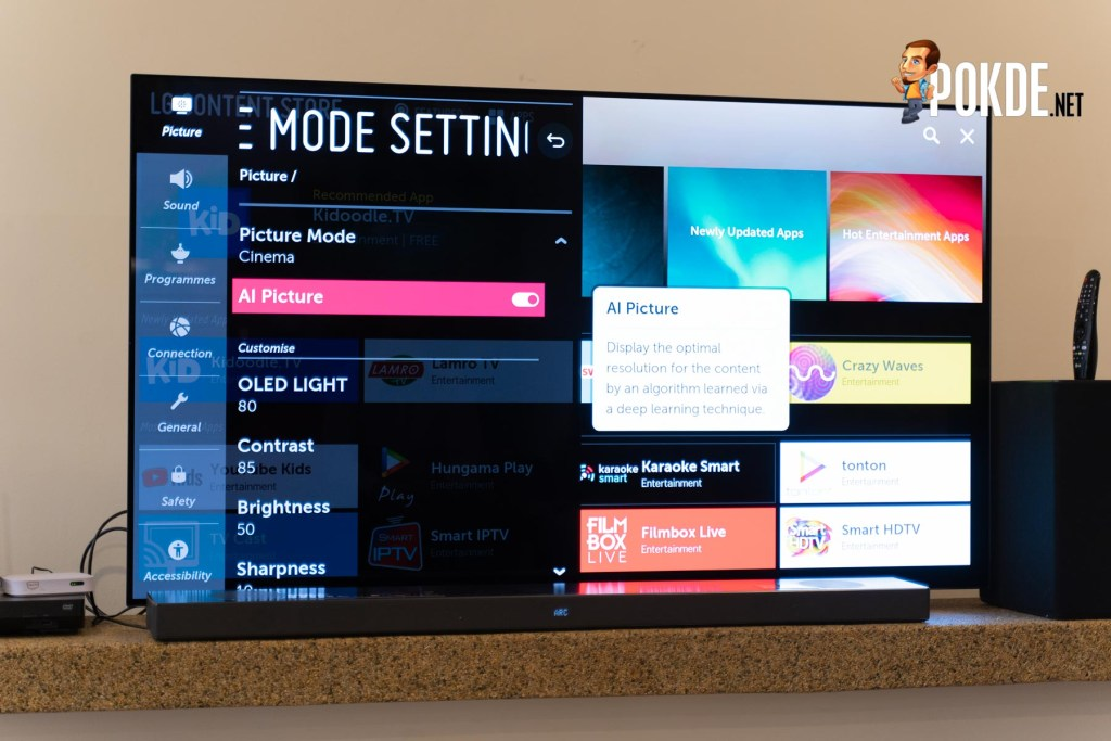 "LG 65"" HDR OLED Smart UHD TV Hands On 25"