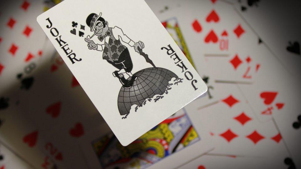 54 thẻ ai là người pha trò. Luật chơi poker Joker. Bài poker với Joker
