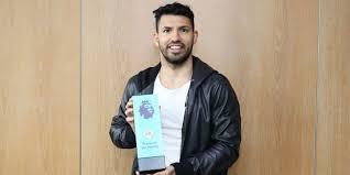 Penghargaan Player of the Month untuk Aguero