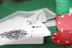 poker tisch pokertisch karten chips