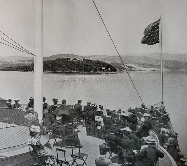 Historic photo of view of Hudson River from onboard the Dayliner
