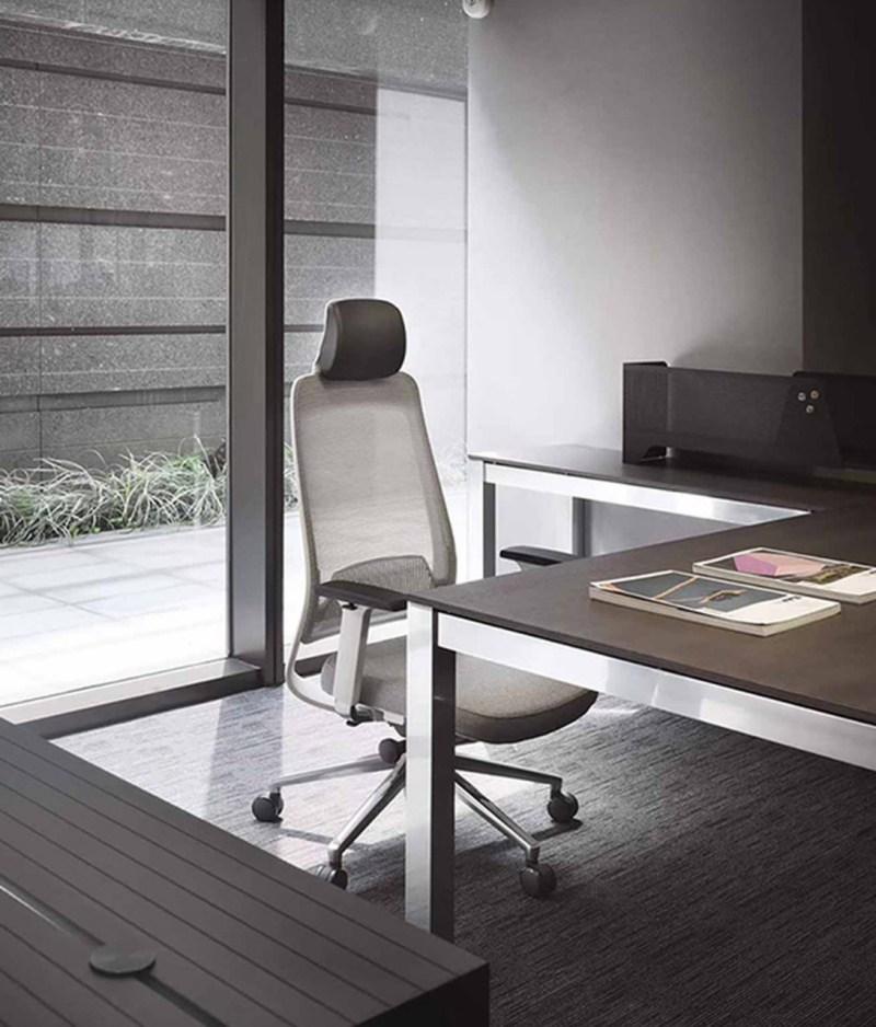 fotel szary ergonomiczny Shine EFG 100W w biurze