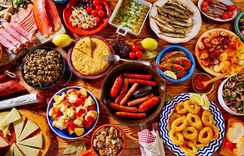 10 najpopularniejszych hiszpańskich potraw z przepisami