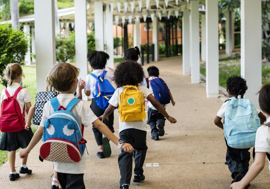 Jakie będą nowe zasady dla dzieci w szkole w Hiszpanii?