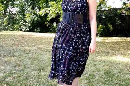 polar-bear-style-girly-bohemian-dress-ruffles-wide-belt-grey-booties