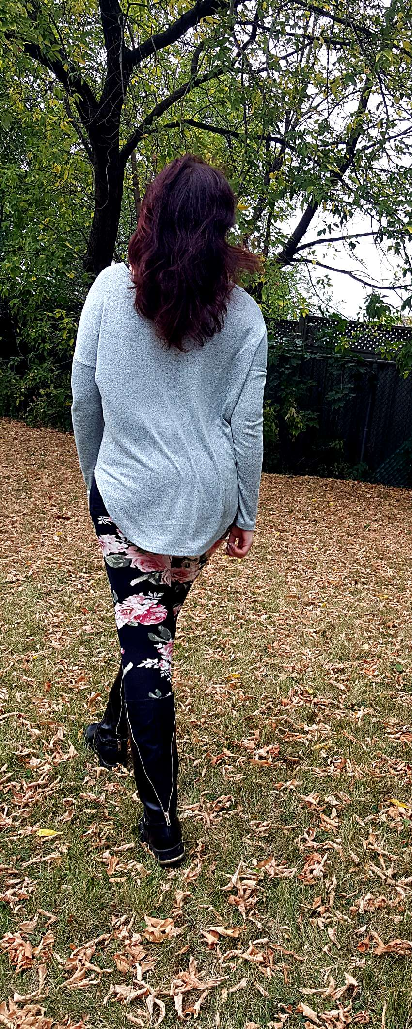 Polar Bear Style Mint Cutout Top Black Floral Leggings Black Boots
