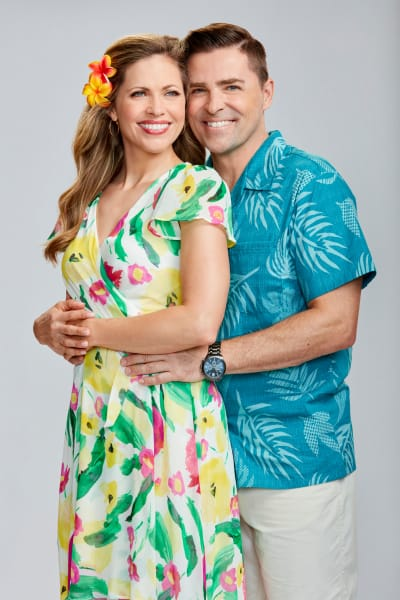 Pascale Hutton and Kavan Smith Tall