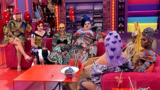 Campaigning Queens - RuPaul's Drag Race All Stars Season 6 Episode 5