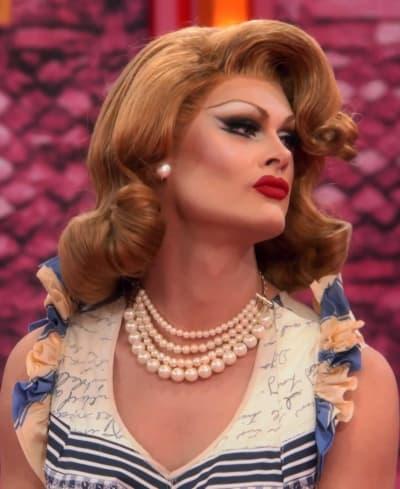 Scarlet's Mind Games - RuPaul's Drag Race All Stars Season 6 Episode 5