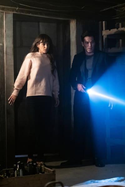 Shine a Light on Real Estate - Surreal Estate Season 1 Episode 1