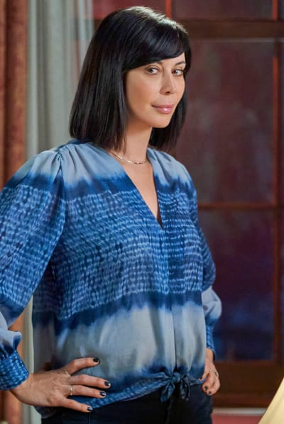 The Glance - Good Witch Season 7 Episode 10
