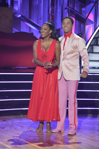 Kenya Moore and pro Brandon Armstrong - Dancing With the Stars Season 30 Episode 1