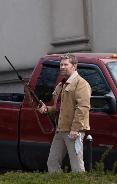 Virgil's Got a Gun - American Rust Season 1 Episode 1