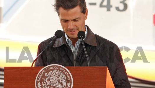Peña Nieto y la imagen de los -43