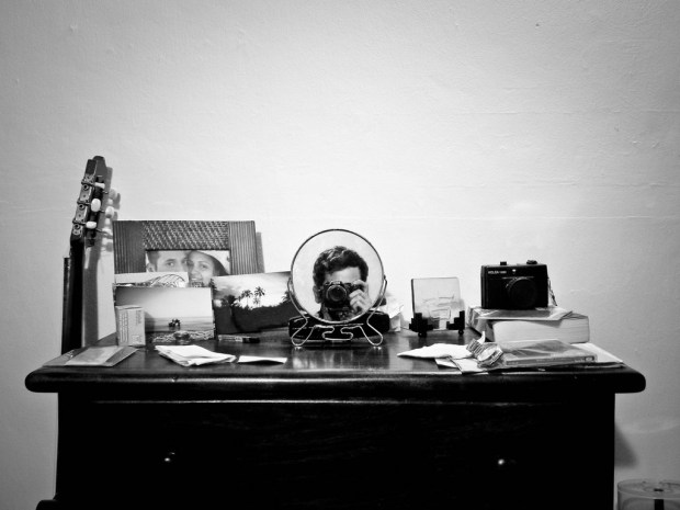 """""""En el tocador estaba la foto de su marido"""". Foto: José María Orsini/Flickr"""