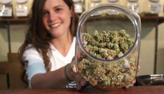 Por el bien de los pobres, despenalicemos la mariguana   DESFILADERITO