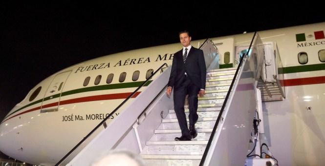 Enrique Peña Nieto a su llegada a Canadá. Foto: Presidencia de la República.