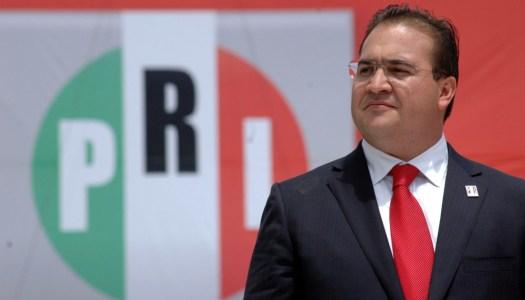 Encuentran 23 millones de pesos en casas de Javier Duarte