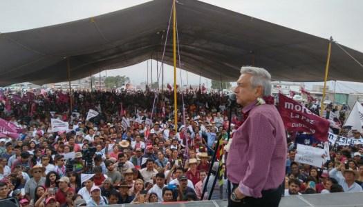 """AMLO demandará a Peña Nieto por otorgar """"descaradamente"""" contratos ilegales a OHL"""