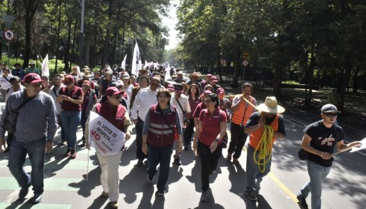 """""""No jugar con fuego"""", advierte Delfina Gómez a Peña Nieto"""