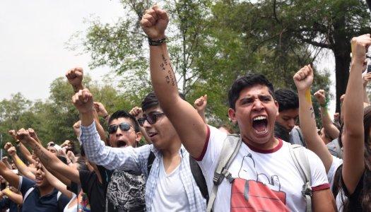 Estudiantes de la UNAM se rebelan contra la violencia y los grupos porriles