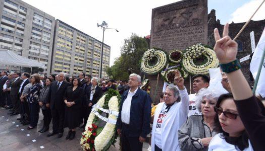 A 50 años del 68, AMLO jura en Tlatelolco nunca reprimir al pueblo