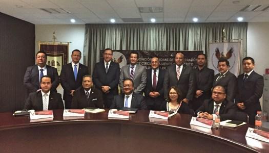 Estallan jueces y magistrados por medidas de austeridad de Morena