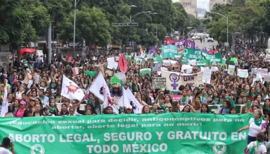 Morena propone en el Congreso legalizar el aborto en el país