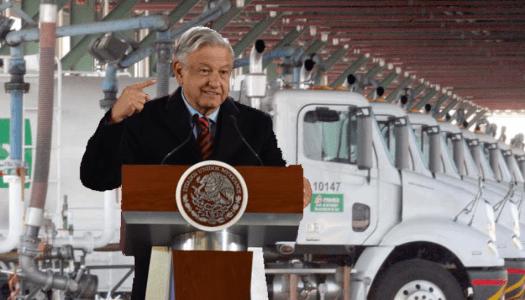 Falso: las 500 pipas que comprará Pemex no sustituyen los ductos, serán para emergencias