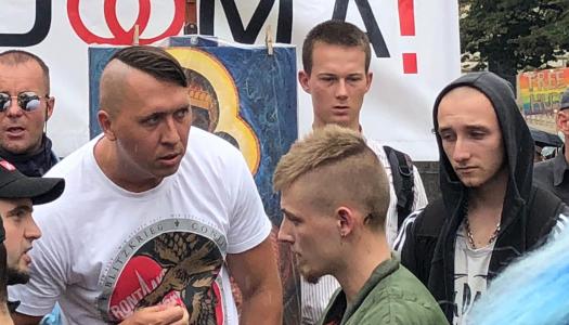 """¿Una asamblea de """"México Libre"""" en Praga? Notas desde la Marcha del Orgullo"""