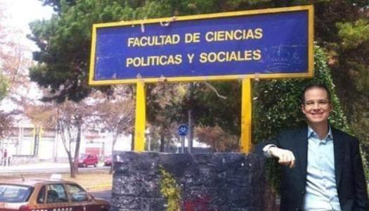 Anaya dará diplomado en la UNAM; estudiantes organizan hueviza para recibirlo