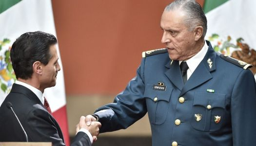 Cienfuegos traficó drogas y protegió a cárteles siendo titular de Sedena
