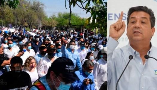 Obligan a trabajadores del Gobierno de Tamaulipas a marchar en apoyo a Cabeza de Vaca
