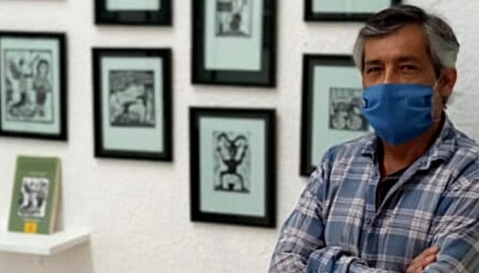 """López Casanova llama a seguir luchando con su obra """"Grabar es resistir"""""""