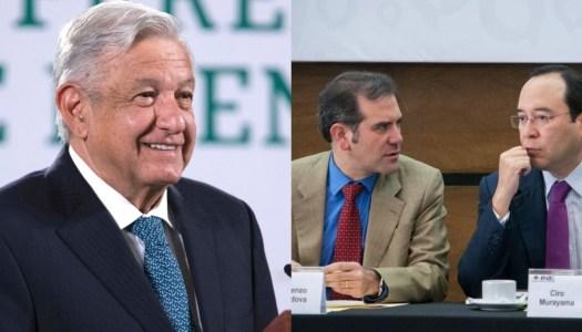 """INE """"atenta contra la democracia"""", acusa AMLO; analiza renovar a consejeros"""