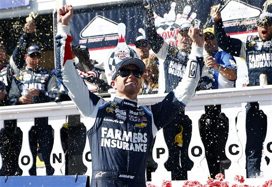 kasey-kahne-victory-lane-1-nascar-sprint-cup-series-pocono-gobowling400