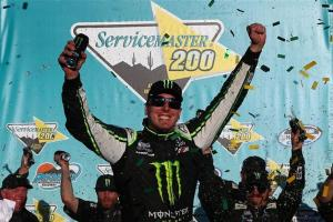 Nationwide | Kyle Busch Crushes the Competition at Phoenix