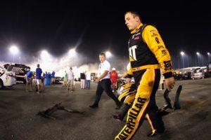 667329965TB00156_NASCAR_Spr