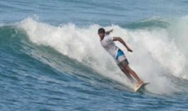 Kavindu Surfing Madiha Surf Point Sri Lanka (3)