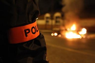 police scientifique flics de banlieue Émeute de banlieue - Villiers le bel - Novembre 2007
